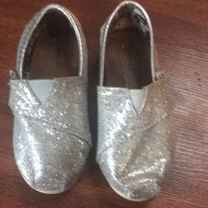 Toms sparkle silver slip on shoes size 6